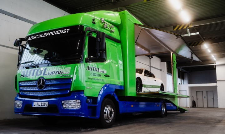Blickdichte-Fahrzeugtransporte